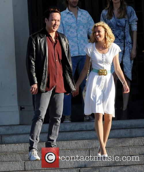 Elizabeth Banks and John Cusack 15