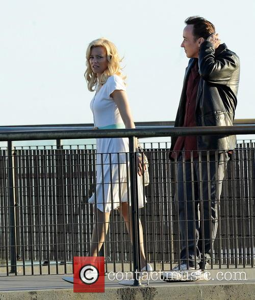 Elizabeth Banks and John Cusack 19