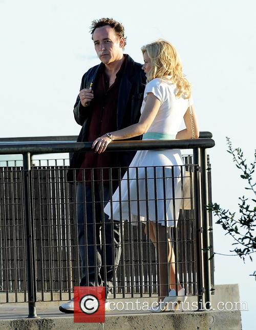 Elizabeth Banks and John Cusack 33