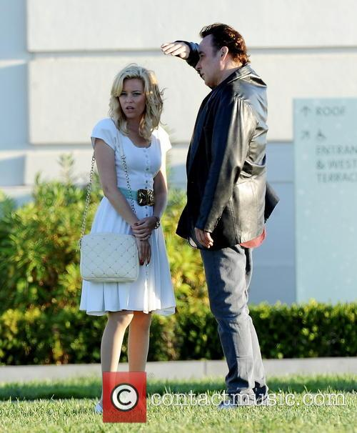 Elizabeth Banks and John Cusack 35