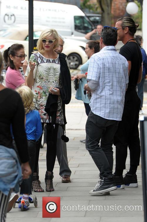 Gwen Stefani, Gavin Rossdale and Zuma Rossdale 2