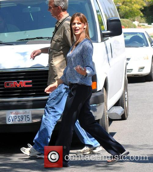 Jennifer Garner filming On Location