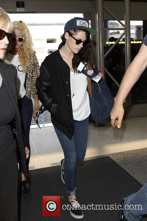 Kristen Stewart arrives at LAX airport