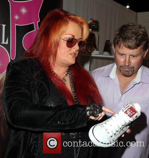 wynonna judd celebrity appearances at magic market 3823838