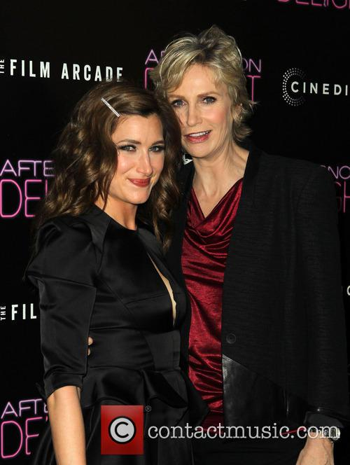 Kathryn Hahn and Jane Lynch 4