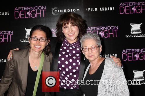 Jill Soloway, Mother and Sister 1
