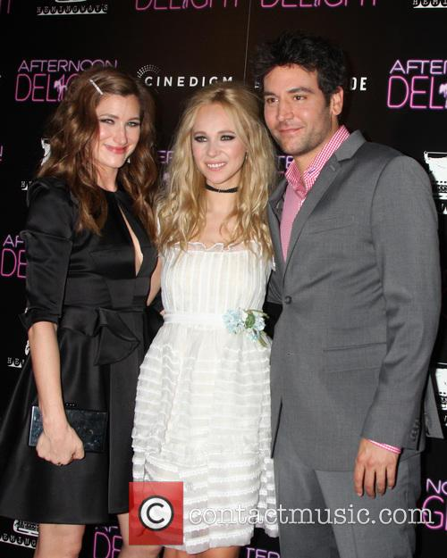 Kathryn Hahn, Juno Temple and Josh Radnor 7