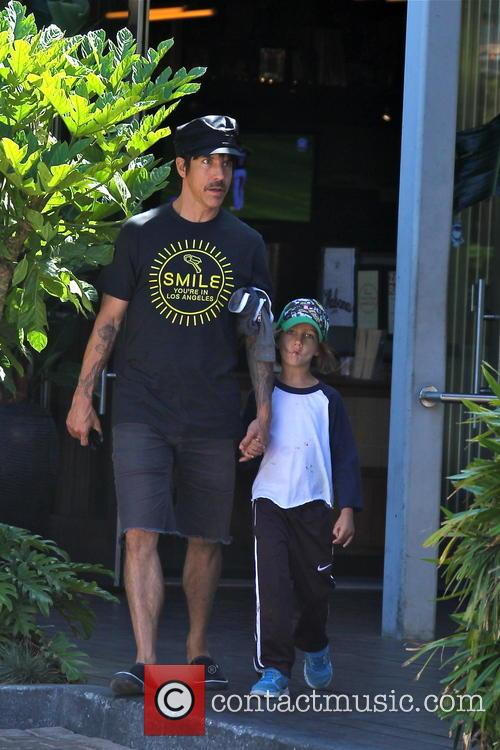 Anthony Kiedis and Everly Bear 2