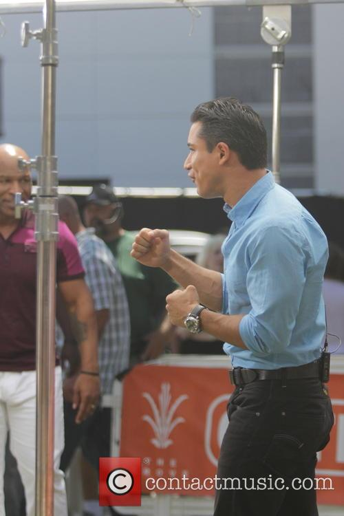 Mike Tyson and Mario Lopez 2