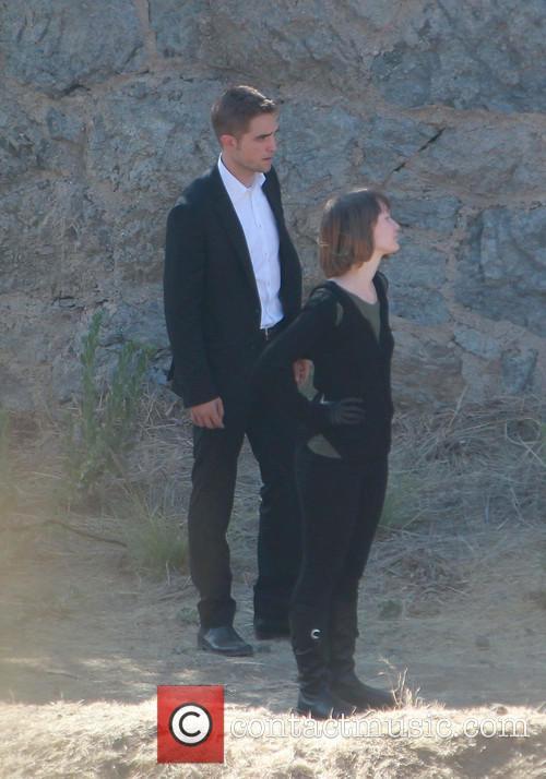 Robert Pattinson and Mia Wasikowska 11