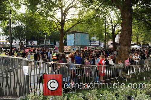 atmosphere one direction fans camp in leicester 3824483