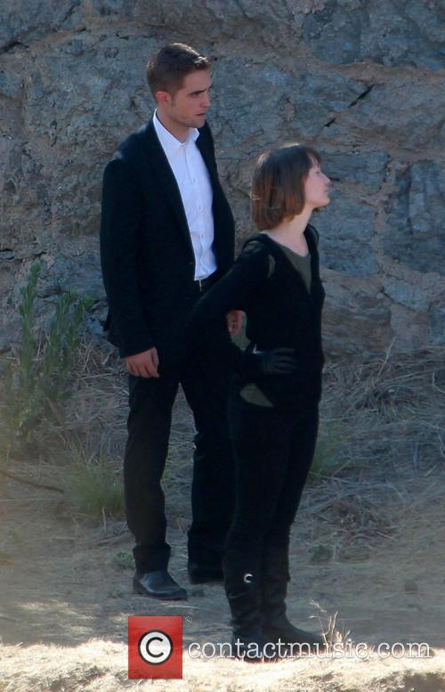 Robert Pattinson and Mia Wasikowska 8
