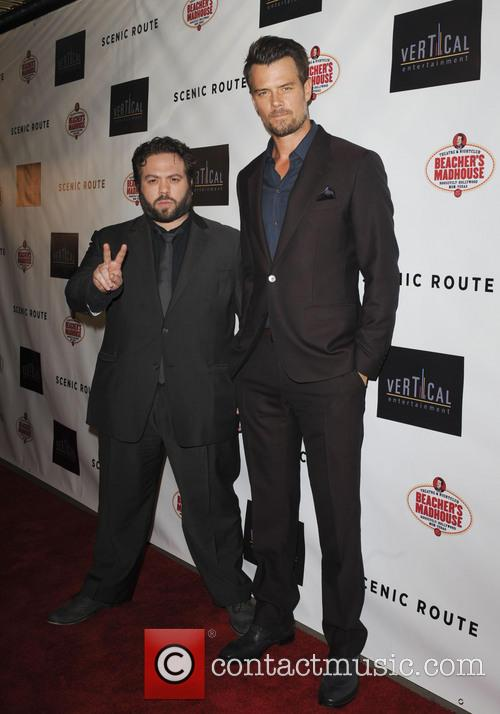 Dan Fogler and Josh Duhamel 3