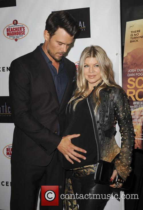 Josh Duhamel and Fergie 5