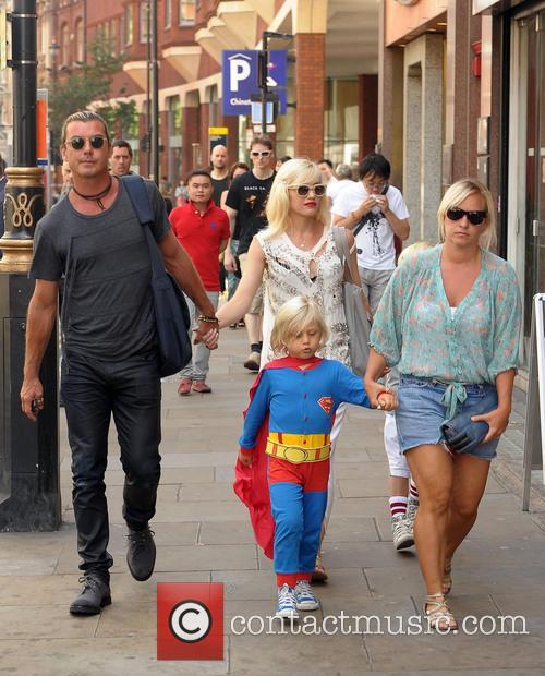 Gwen Stefani, Gavin Rossdale and Zuma Rossdale 3