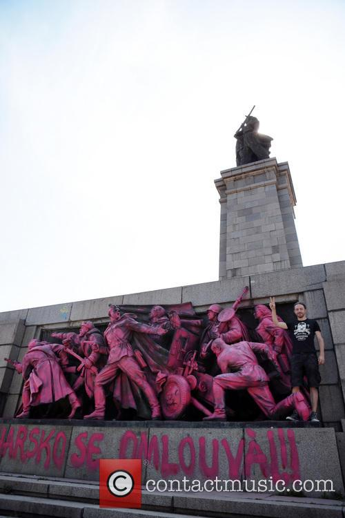 A Soviet Army monument has been spray-painted pink...