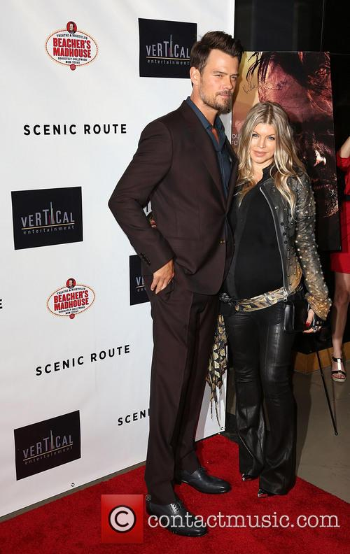 Josh Duhamel and Fergie 10