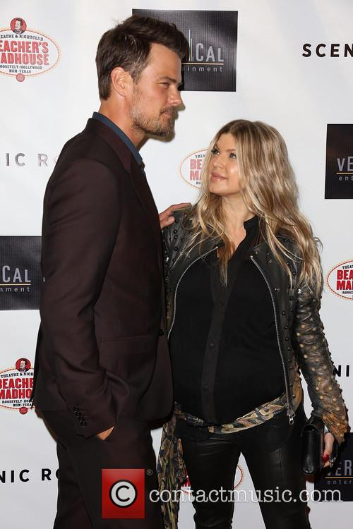 Josh Duhamel and Fergie 14