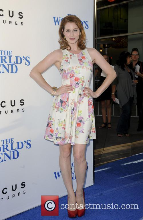 esme bianco premiere of the worlds end 3828992
