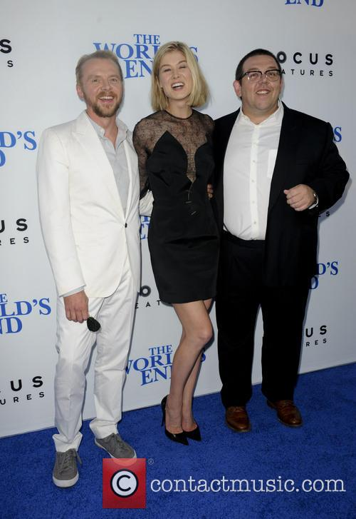 Simon Pegg, Rosamond Pike and Nick Frost 4