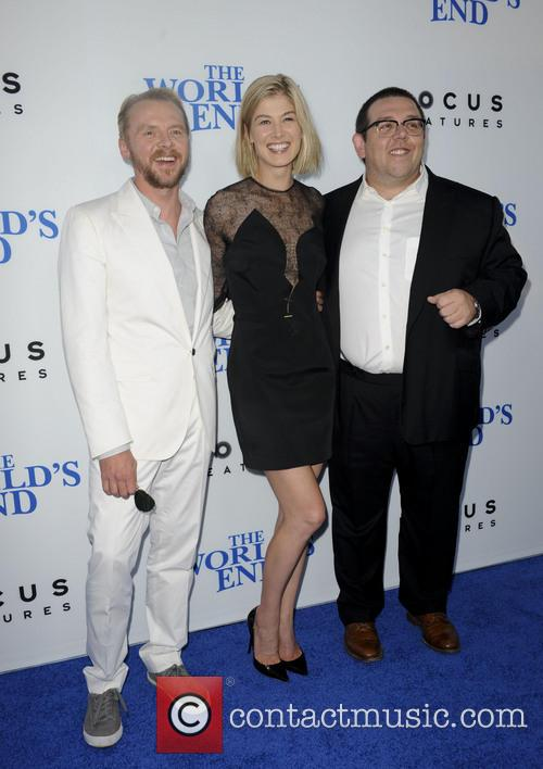 Simon Pegg, Rosamond Pike and Nick Frost 9