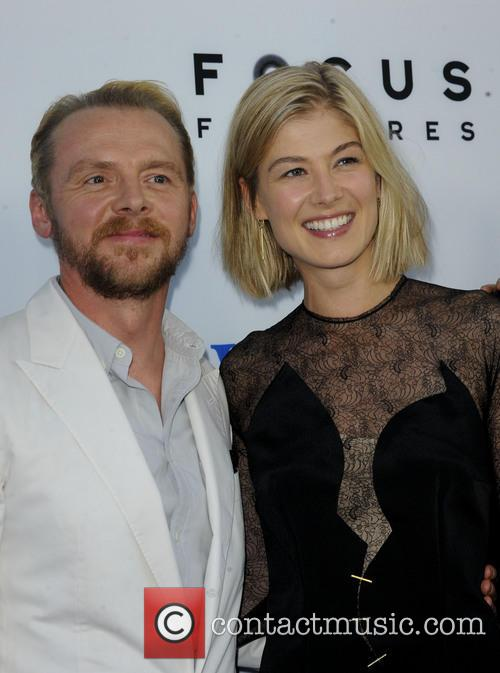 Simon Pegg and Rosamond Pike 5