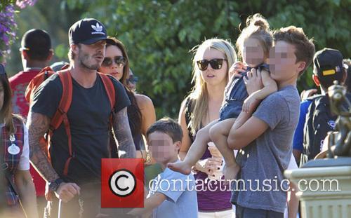 David Beckham, Victoria Beckham, Harper Beckham, Brooklyn Beckham and Cruz Beckham 1
