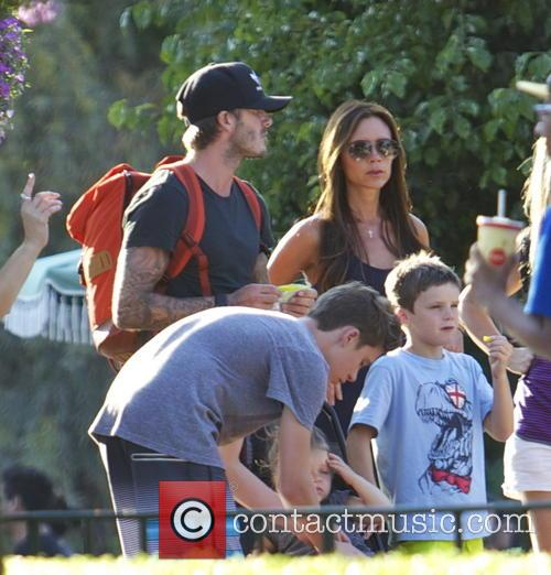 Victoria Beckham, David Beckham and Cruz Beckham 7