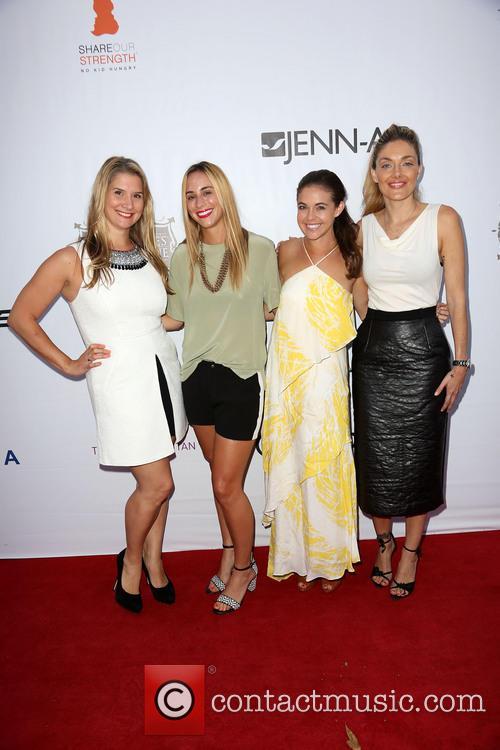 Brenda Urban, Kat Odell, Jessica Miller and Waylynn Lucas 3