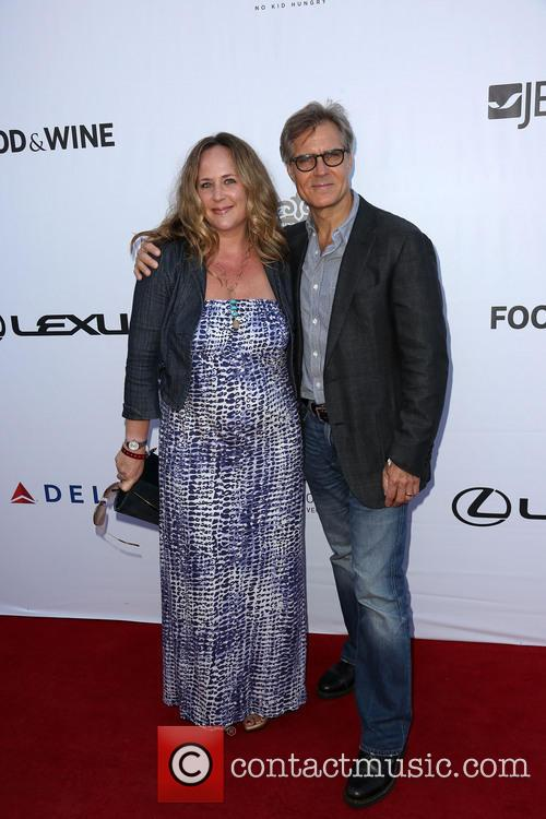 Claudine Cassidy and Henry Czerny 1