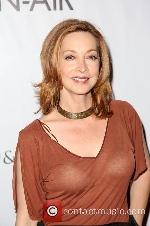 Sharon Lawrence 4