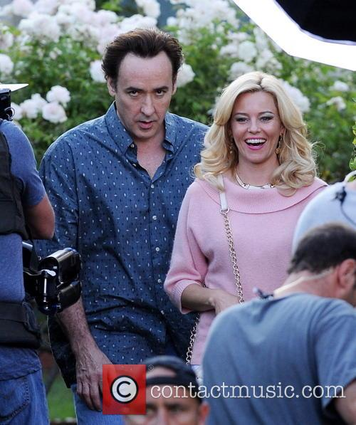Elizabeth Banks and John Cusack 1