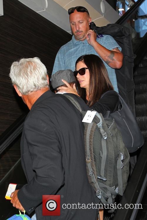Sandra Bullock and Louis Bullock 19