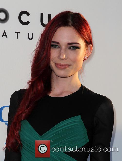 Chloe Dykstra 6
