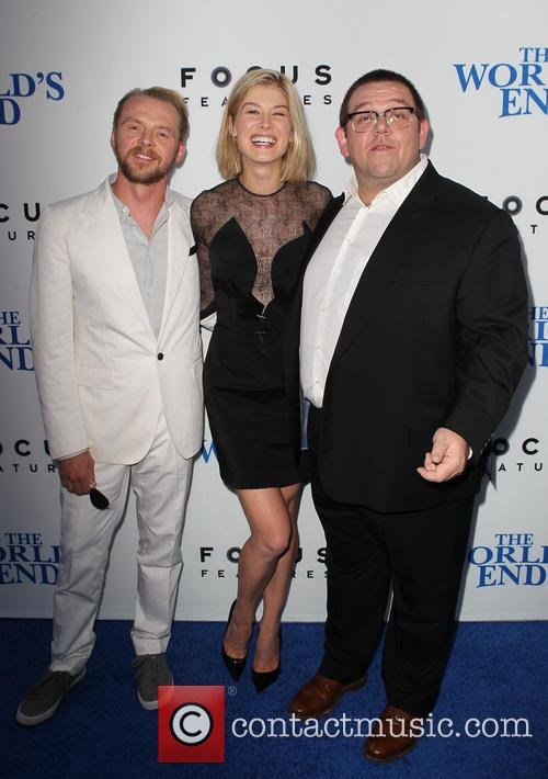 Simon Pegg, Rosamund Pike and Nick Frost 4