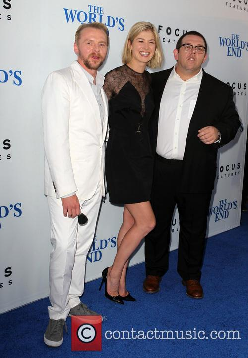Simon Pegg, Rosamund Pike and Nick Frost 9
