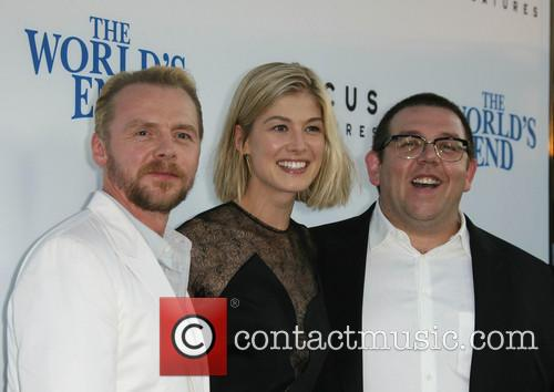 Simon Pegg, Rosamund Pike and Nick Frost 5