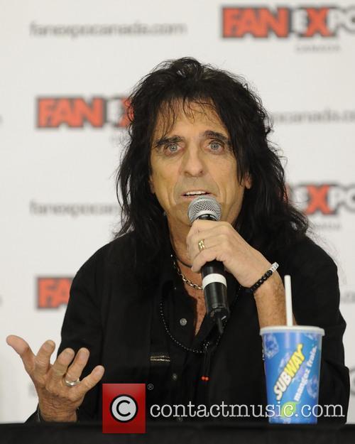 Alice Cooper and Vincent Damon Furnier 6