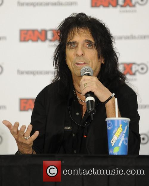 Alice Cooper and Vincent Damon Furnier 7
