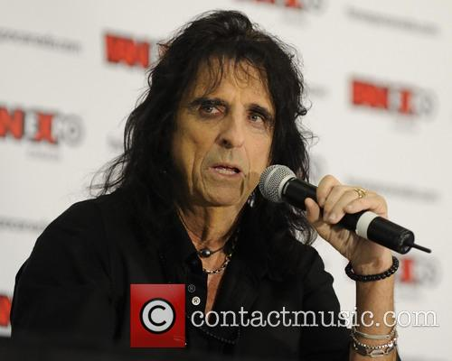 Alice Cooper and Vincent Damon Furnier 8