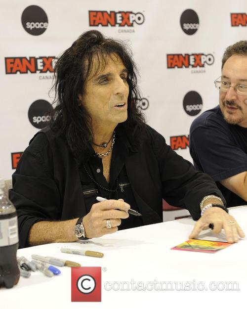 Alice Cooper and Vincent Damon Furnier 10