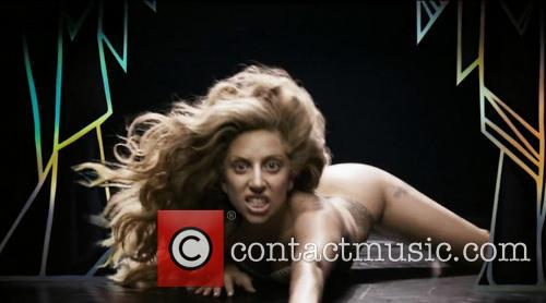 Lady Gaga - 'Applause' (Official) video