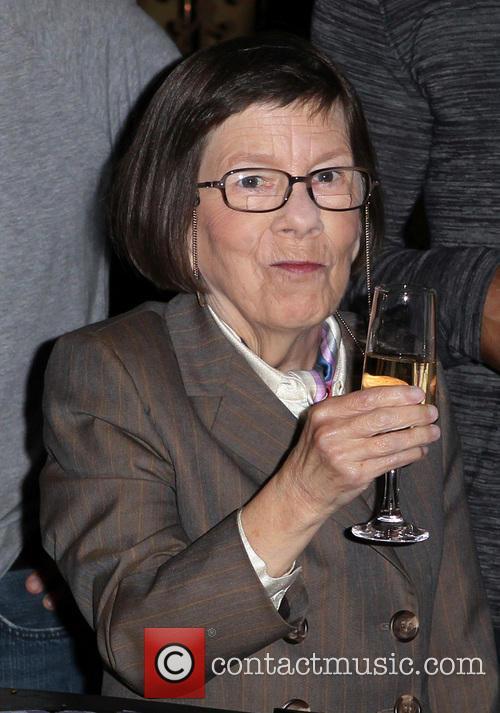 Linda Hunt, Paramount Studios