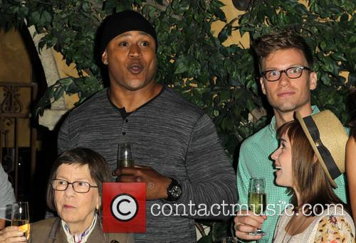 Ll Cool J, Linda Hunt, Barrett Foa and Renée Felice Smith 2