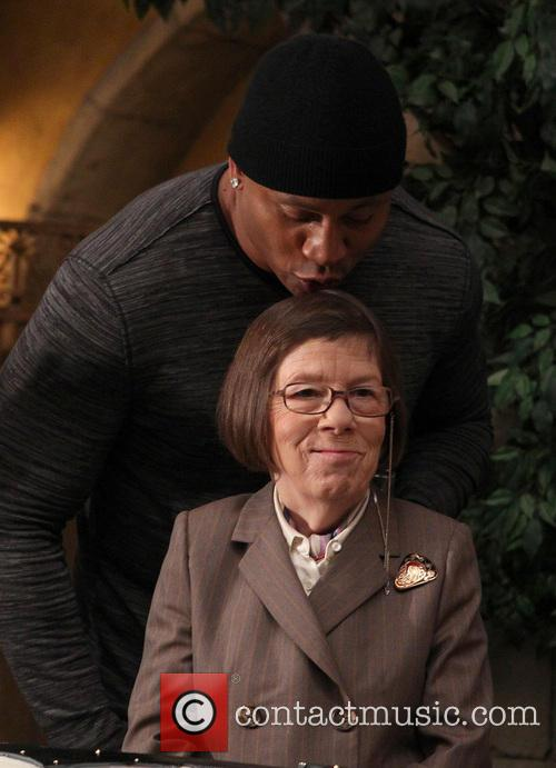 Ll Cool J and Linda Hunt