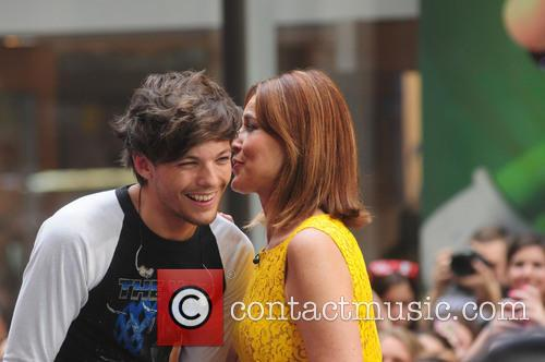 One Direction and Savannah Guthrie 3