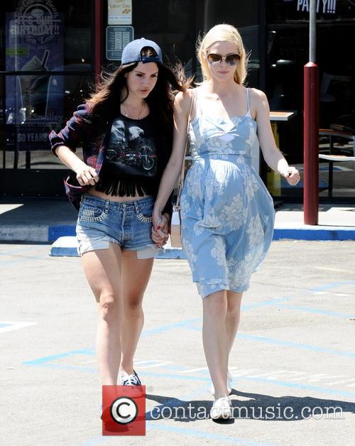 Jaime King and Lana Del Rey 5