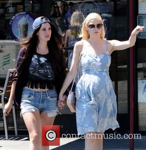 Jaime King and Lana Del Rey 10