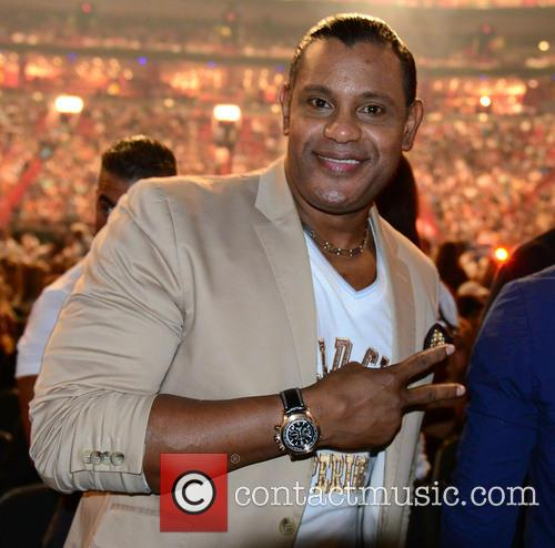 Marc Anthony and Sammy Sosa 2