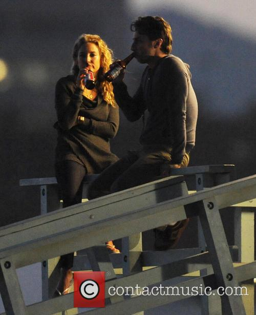 Kate Hudson and Zach Braff 3